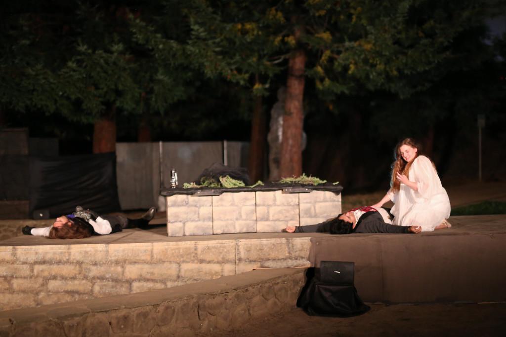 half moon bay shakespeare romeo juliet 17